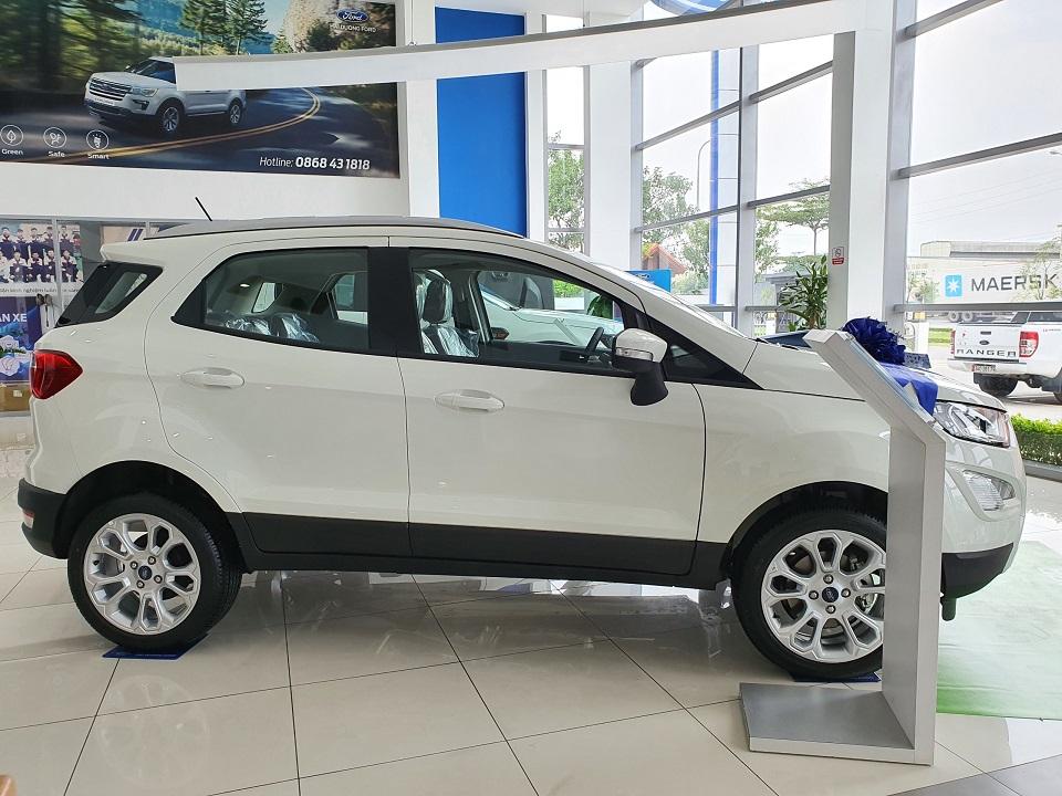 Hông xe Ford Ecosport