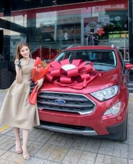 Ford Việt Nam trao thưởng chiếc Ford Ecosport màu đỏ