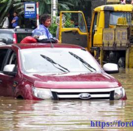 Lái xe trong mùa mưa bão – Sử dụng xe Ford đem lại cho khách hàng những lợi thế như thế nào?